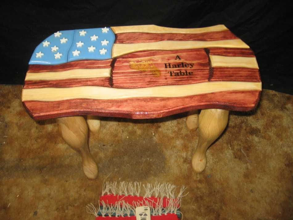 Harley-Pride-Table